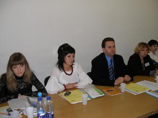 """Програма навчання депутатів місцевих рад: """"Місцеве самоврядування. Крок до ефективності - 2007"""""""