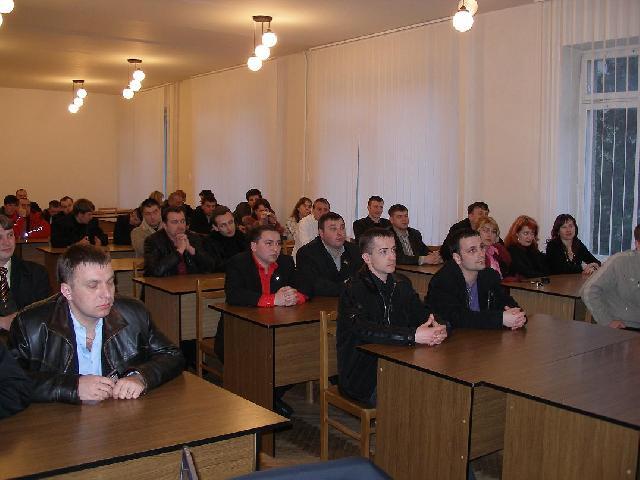 Аналіз та підсумки виконання обраними особами та фракціями політичних партій в місцевих радах Львівської області передвиборчих програм та обіцянок. Думка експертів та громадськості